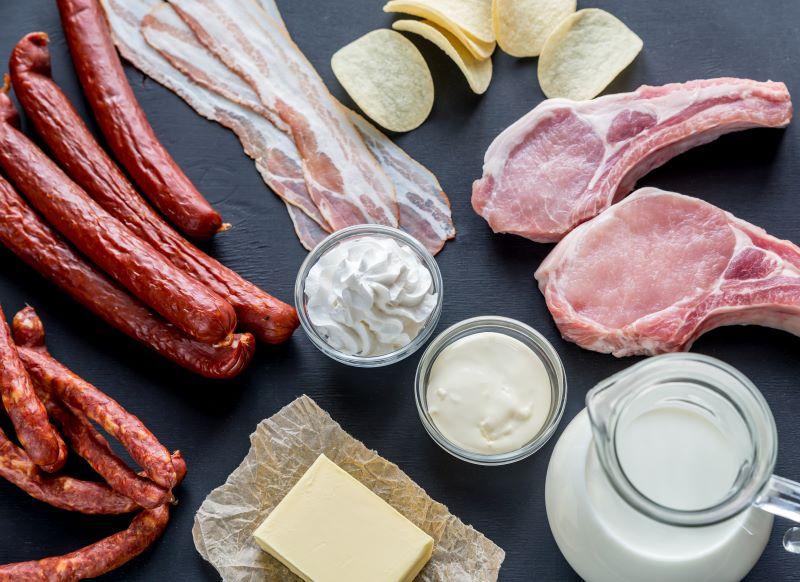 Aliments riches en lipides satures
